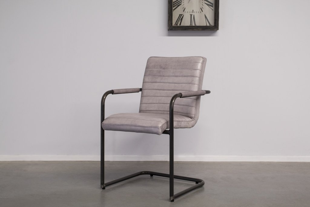 Industrial dining room chair Sabina | with armrests | industrial round