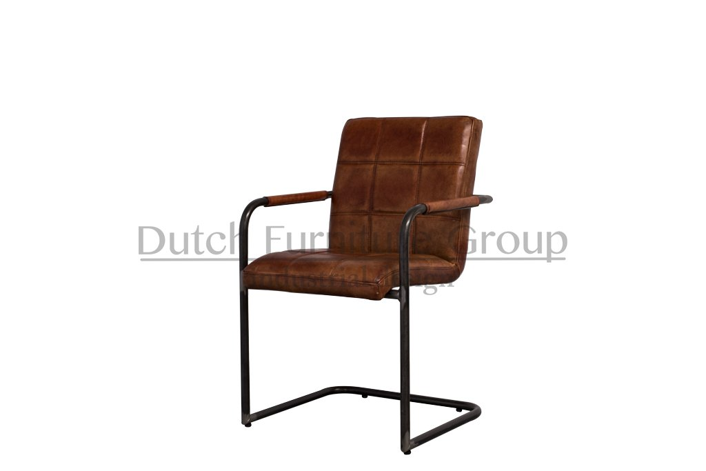Industrial dining room chair Sill | with armrests | industrial round