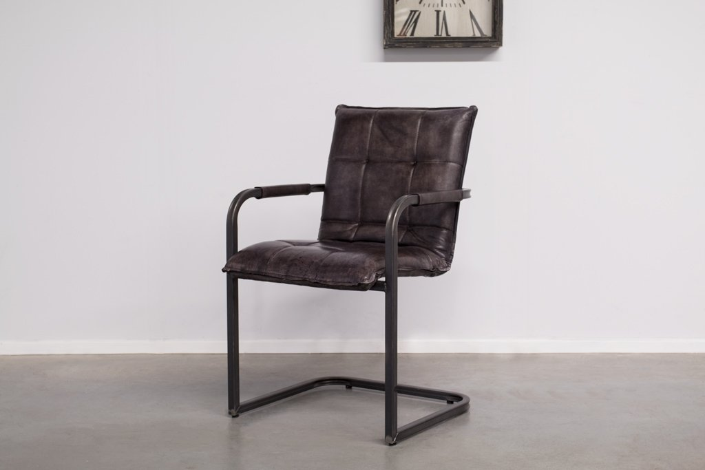 Industrial dining room chair Capo | met arm | vintage square