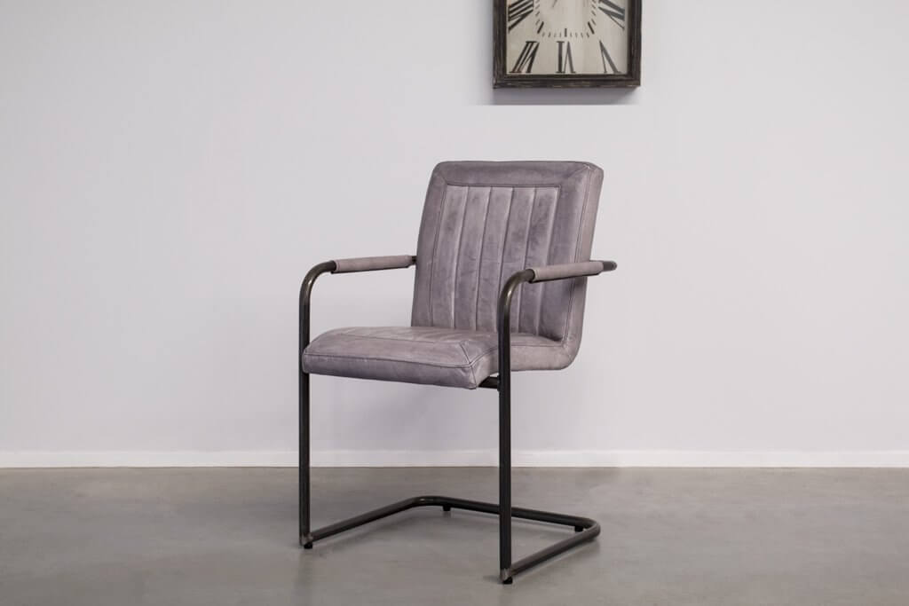 Industrial dining room chair Laura | met arm | industrial round