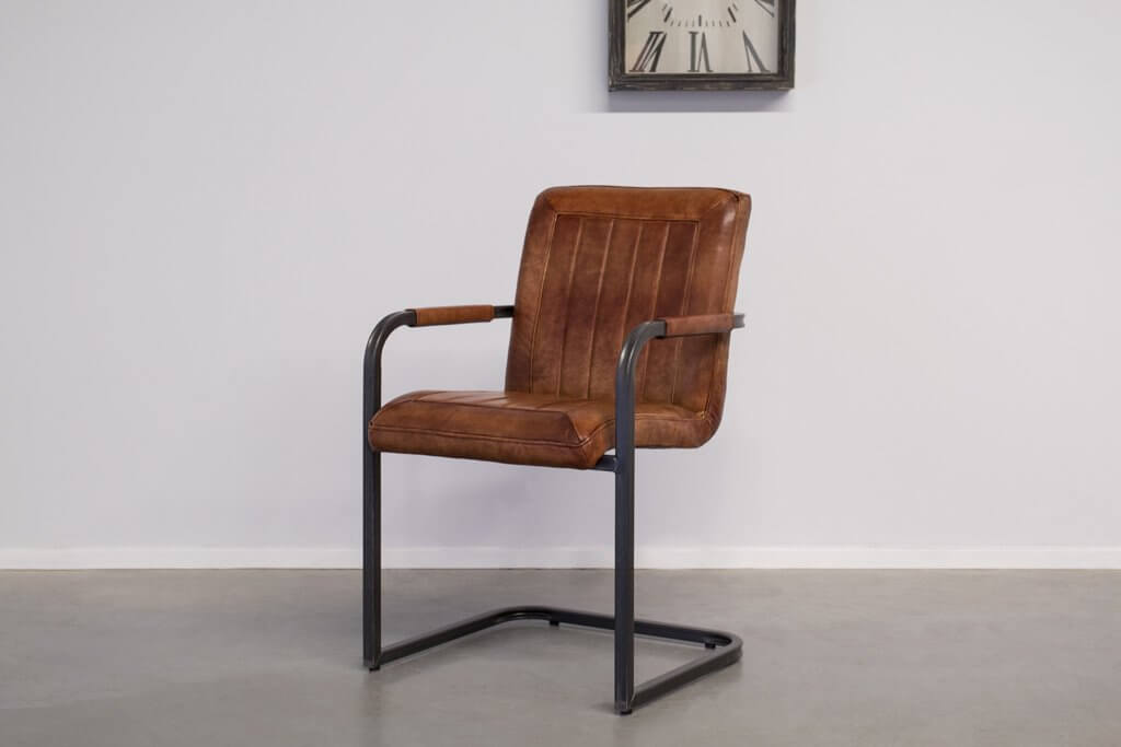 Industrial dining room chair Laura| with armrest | industrial square