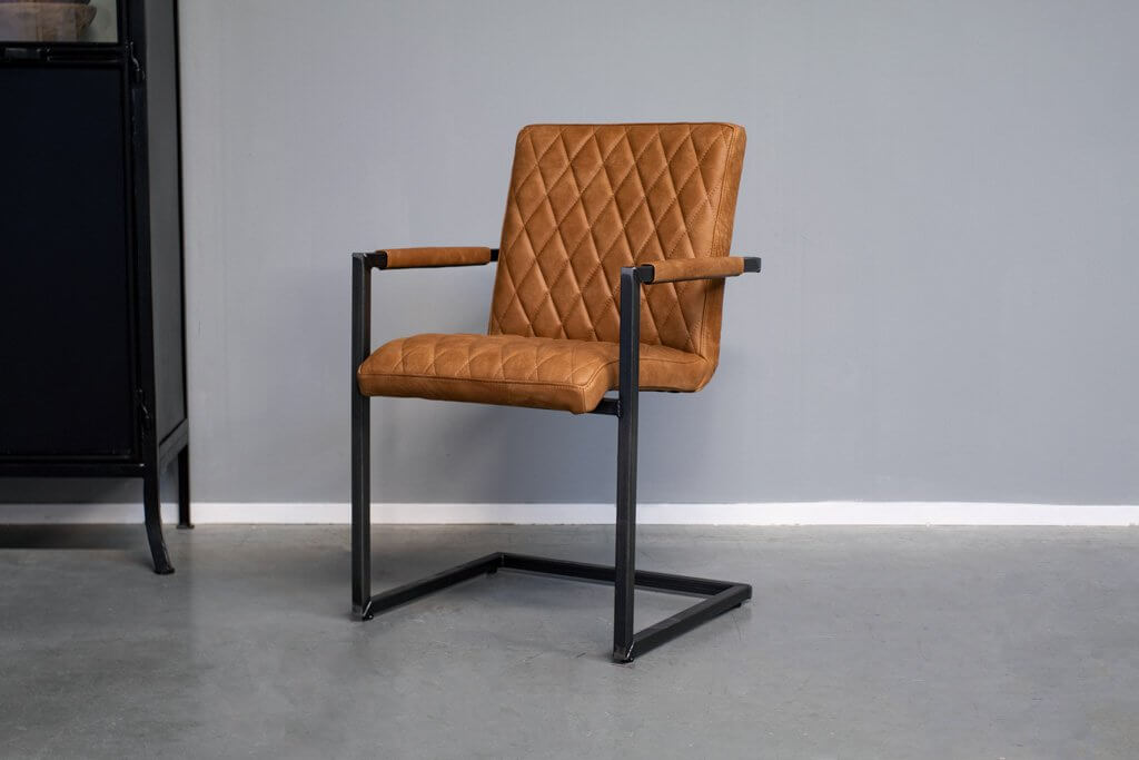 Industrial dining room chair Mary | with armrest | industrial square