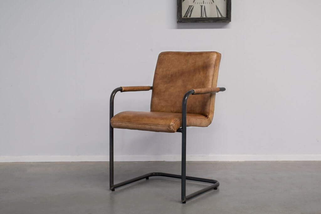 Industrial dining room chair Soem | with armrests | industrial round