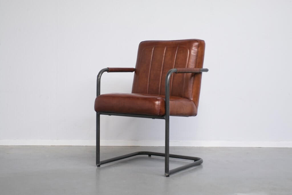 Industrial dining room chair Brashov | met arm | industrial round